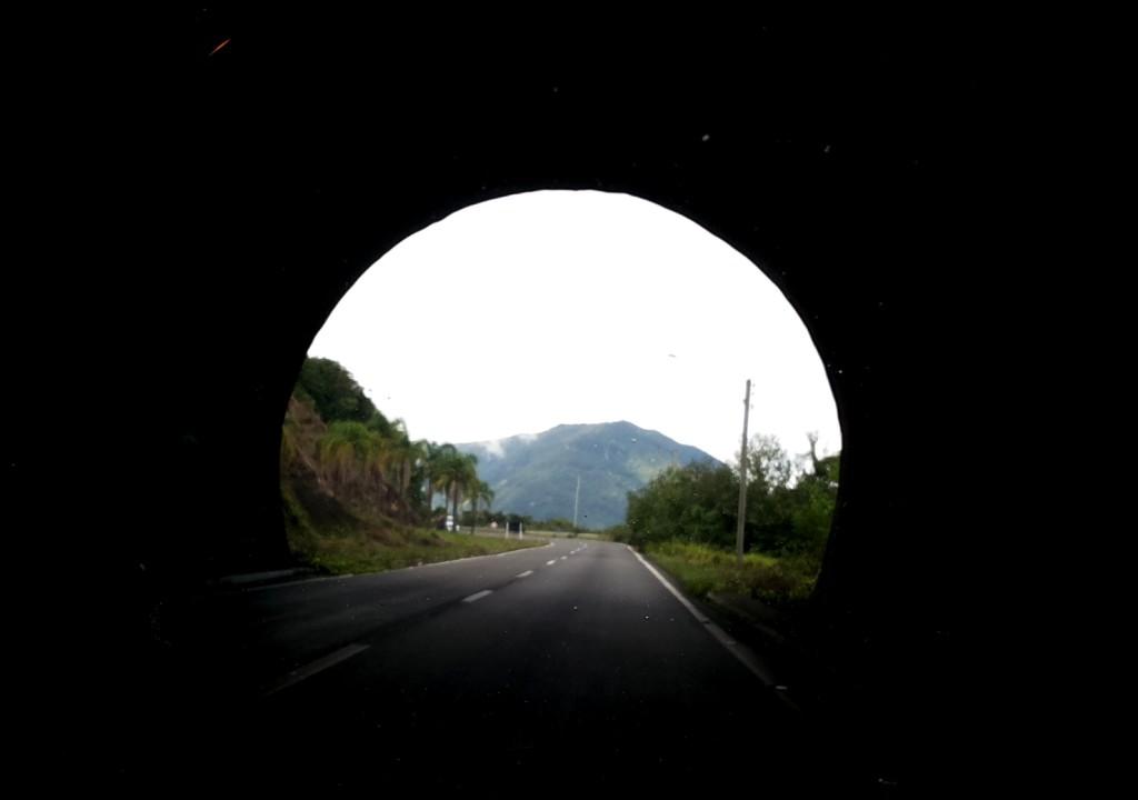 Saida do Tunel da Rota do Sol