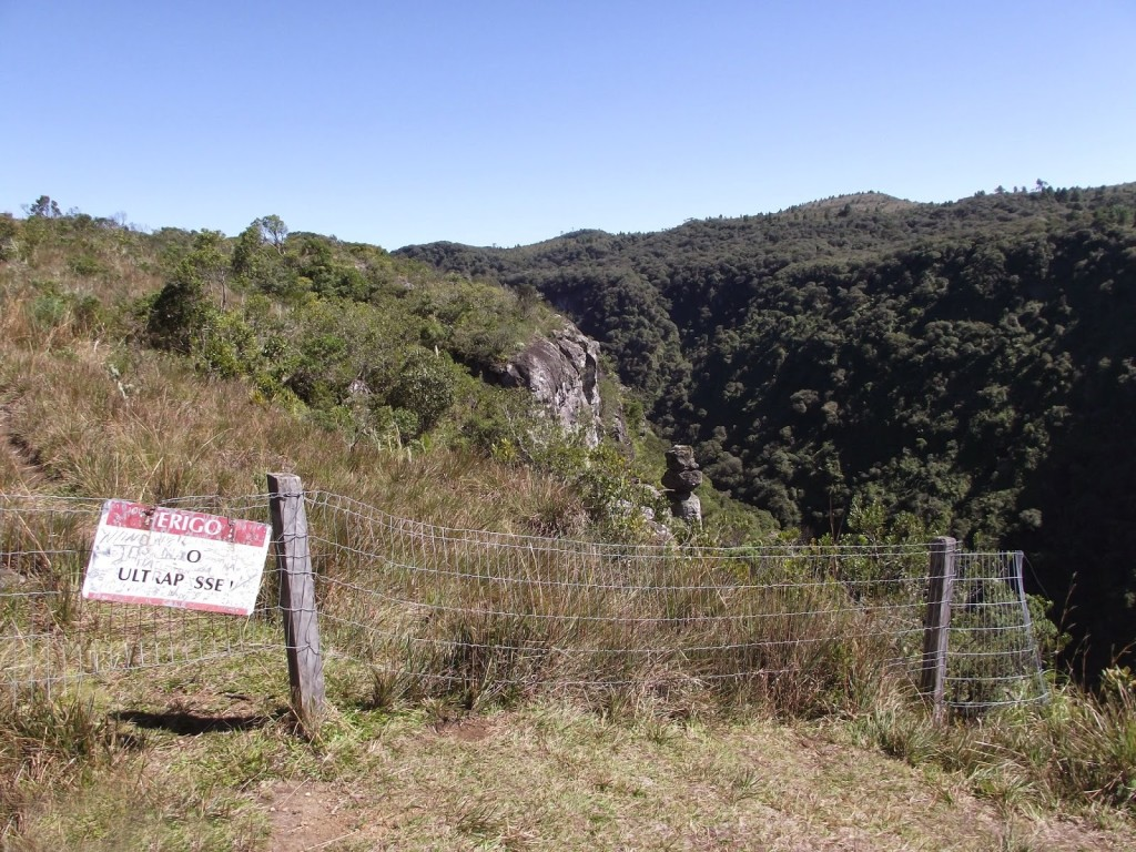 pedra_do_segredo_cambará