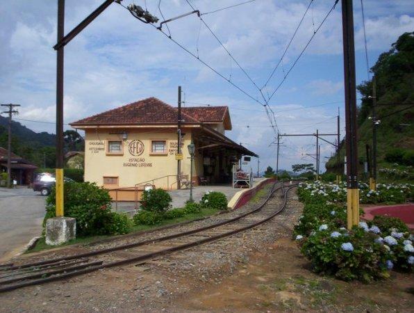 Estação Eugenio Lefevre 3